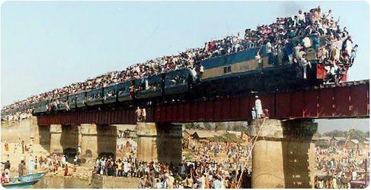 Přeplněny vlak - klikni  > další Fotka